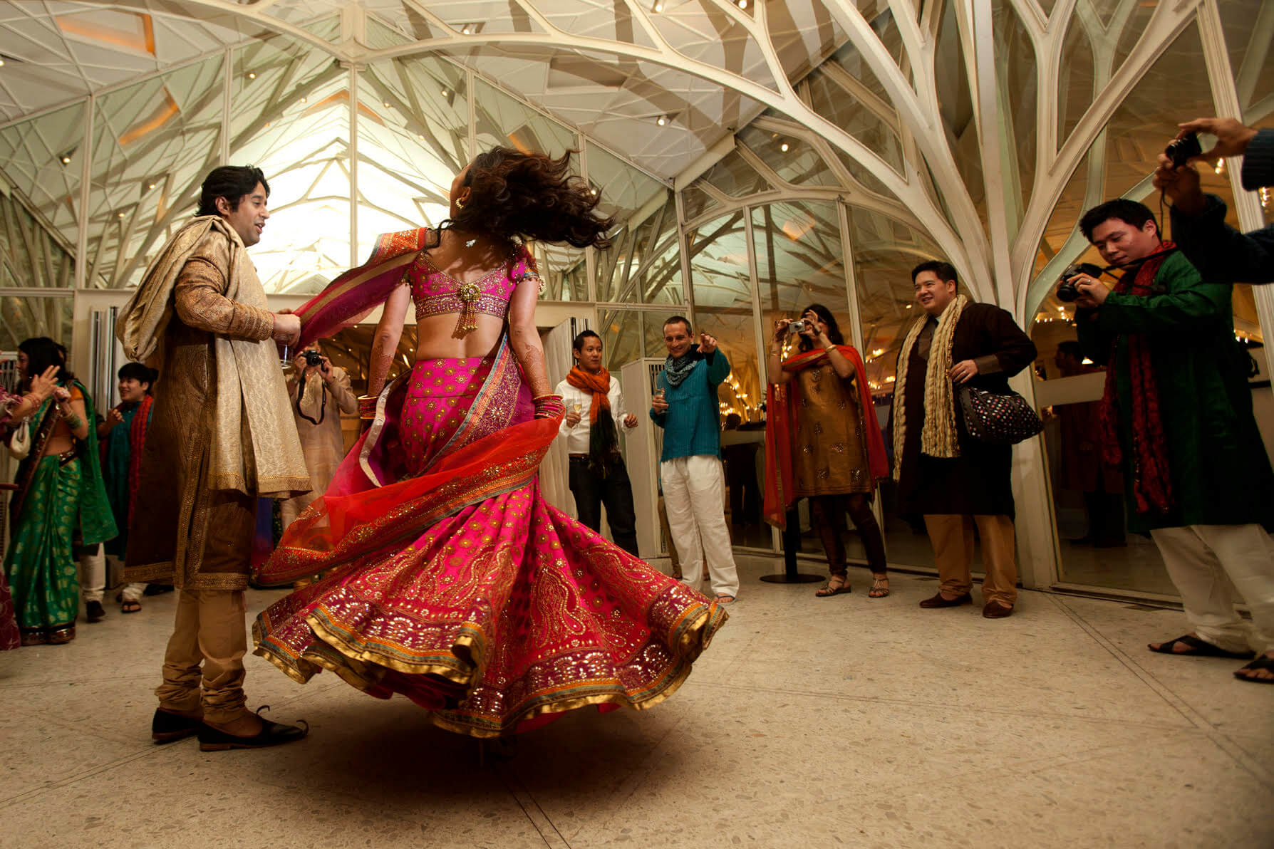 How To Avoid Turning Weddings Into a Media Center - The